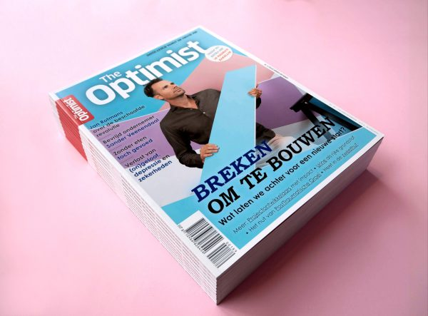 The-Optimist-Heldergroen-Cover-breken-om-te-bouwen